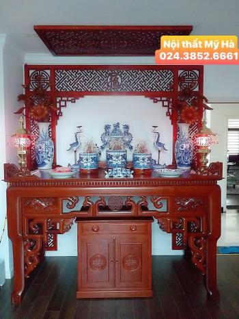 Cặp bàn thờ gỗ hương